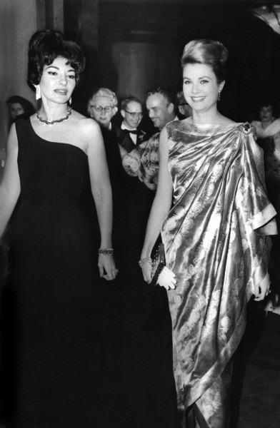 1961_Maria-Callas-Princess-Grace-Inaugural-Int'l-TV-Festival-(c)Archives-Palais-Monaco-G.Lukomski
